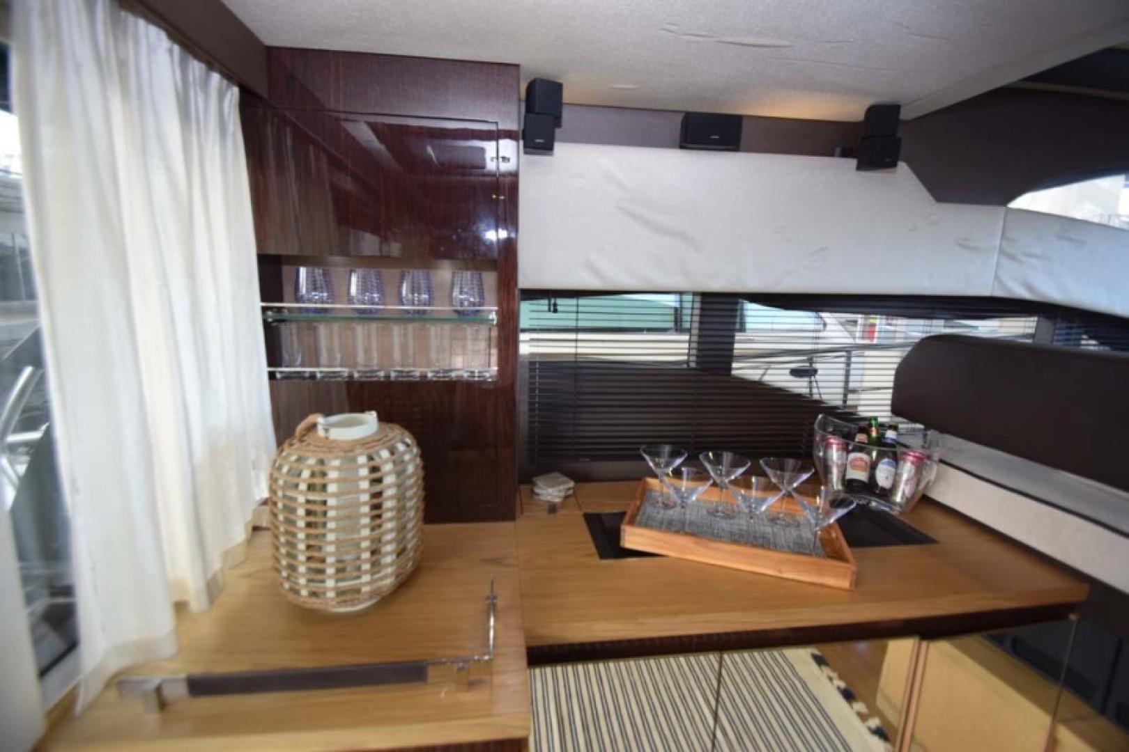 Sessa-C54 Express 2011 -Lighthouse Point-Florida-United States-Salon Bar Portside-1477121 | Thumbnail