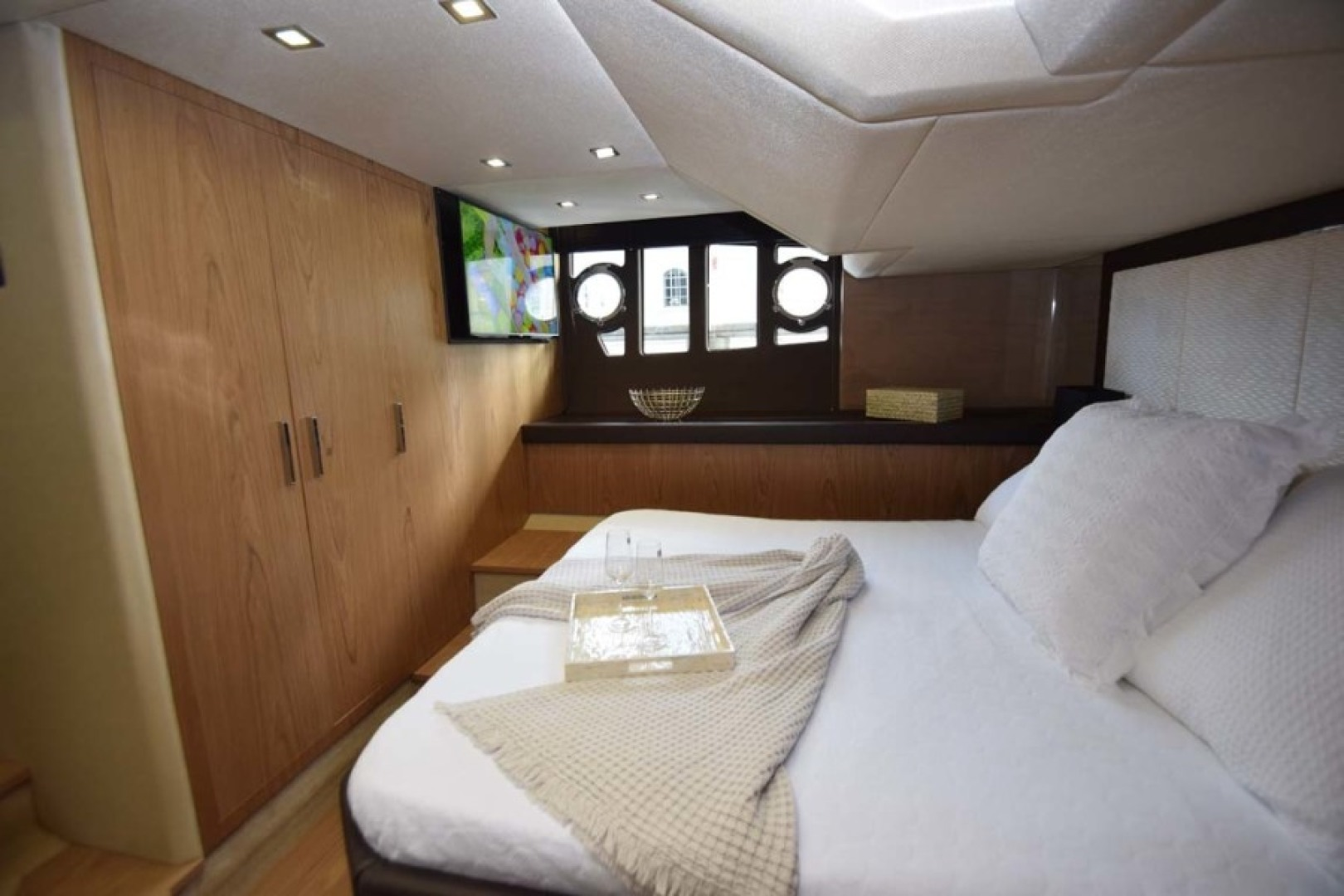 Sessa-C54 Express 2011 -Lighthouse Point-Florida-United States-Master Stateroom to Stbd-1477106 | Thumbnail