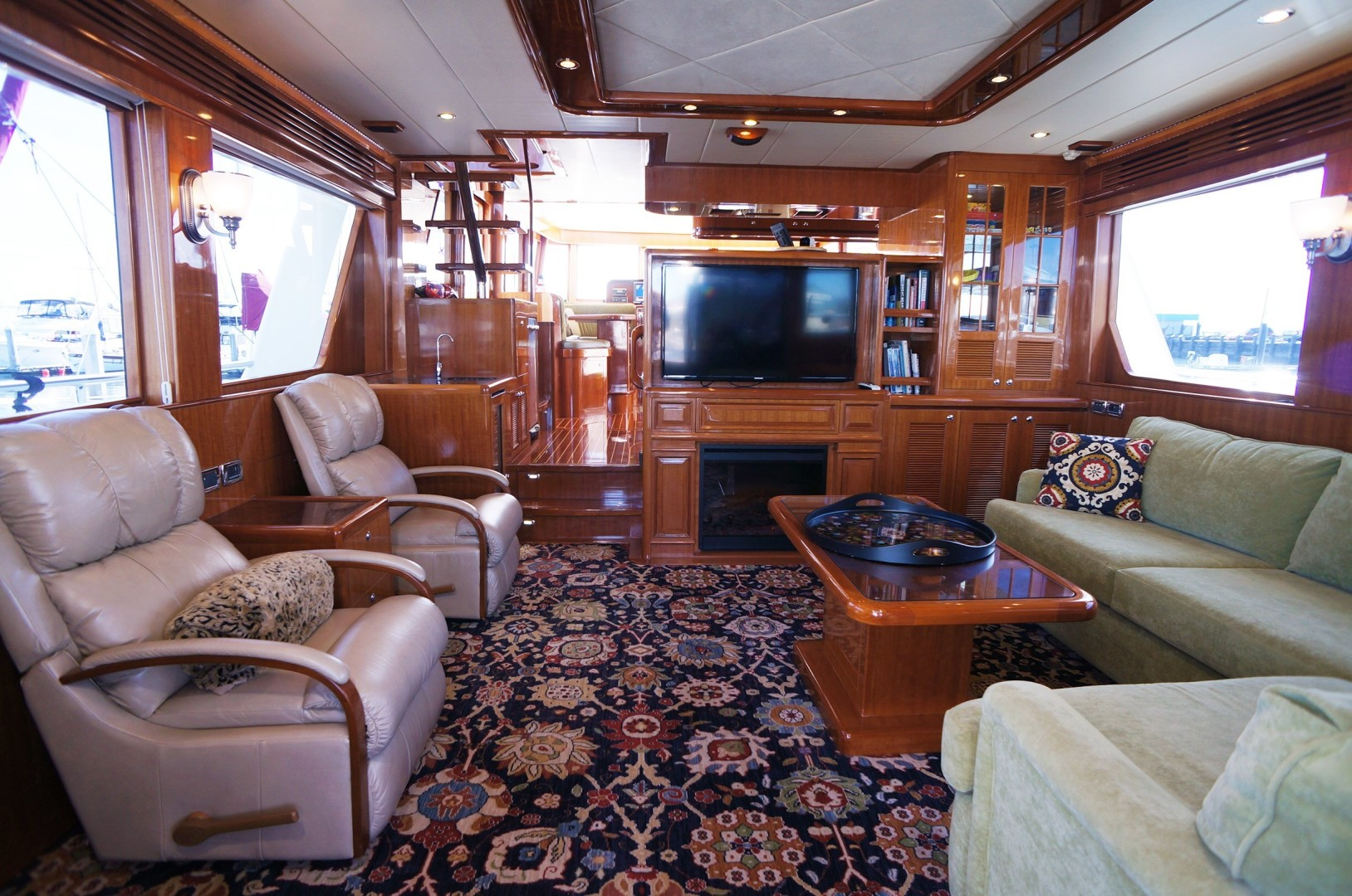 Hampton-Endurance 650 2013-Redoubt Seattle-Washington-United States-1477464 | Thumbnail