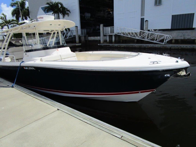 Pursuit-310 ST 2012-Gloriana III Fort Lauderdale-United States-Bow Profile-1477764 | Thumbnail
