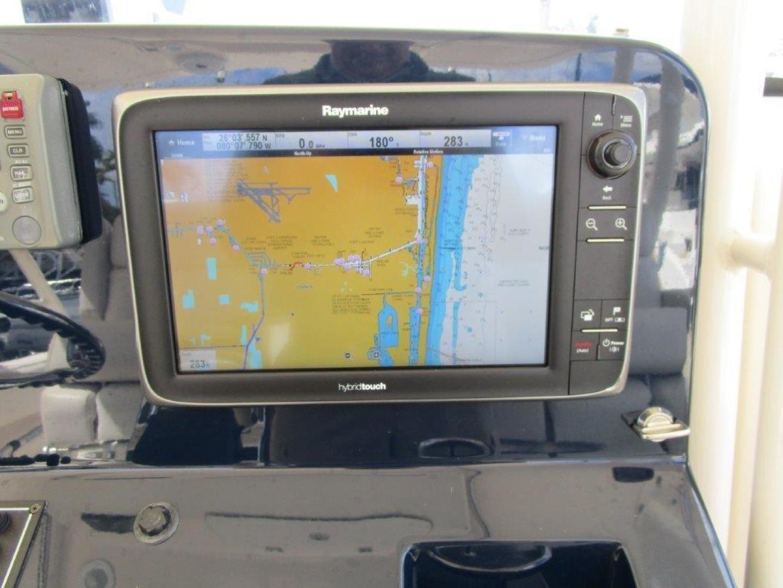 Pursuit-310 ST 2012-Gloriana III Fort Lauderdale-United States-Electronics-1477760 | Thumbnail
