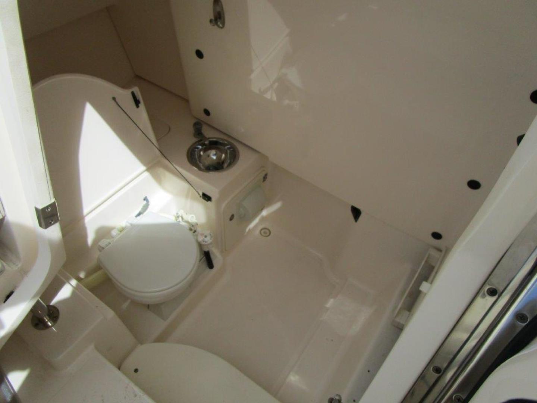 Pursuit-310 ST 2012-Gloriana III Fort Lauderdale-United States-Head-1477753 | Thumbnail