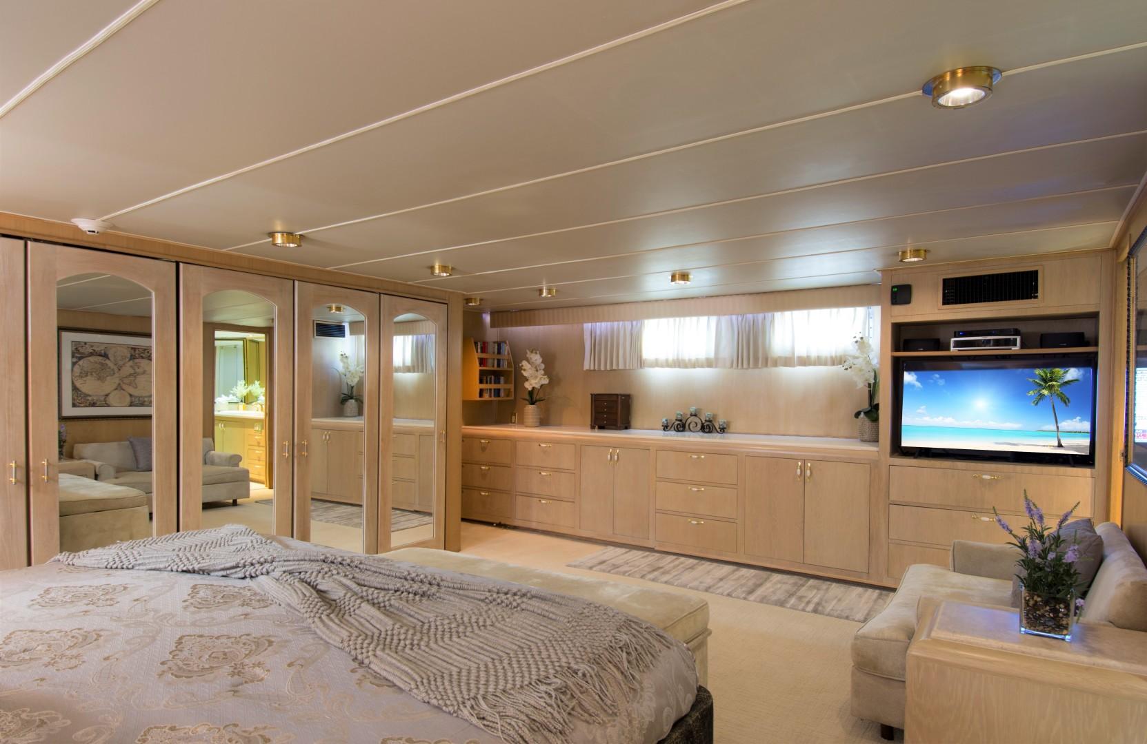 Broward-Motor Yacht 110 Pilothouse 1983-KALEEN Cole Bay-Sint Maarten (Dutch Part)-1482832 | Thumbnail