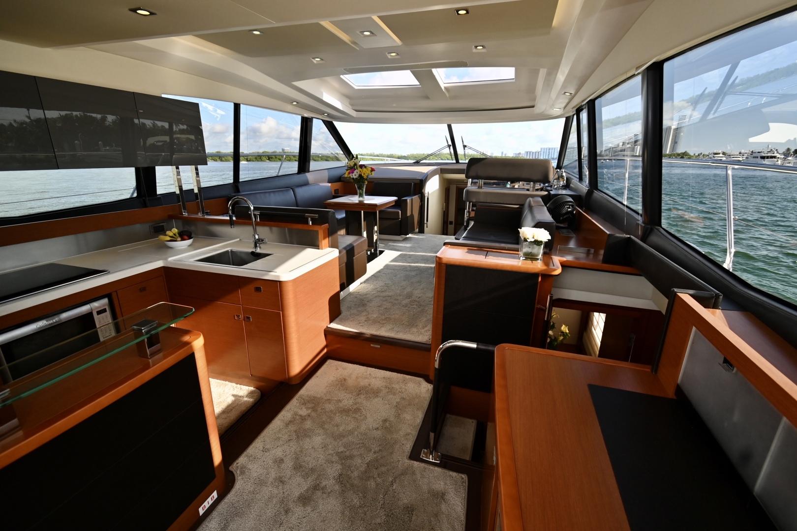 Prestige-550S 2015-Nolina II Hollywood-Florida-United States-1479461 | Thumbnail