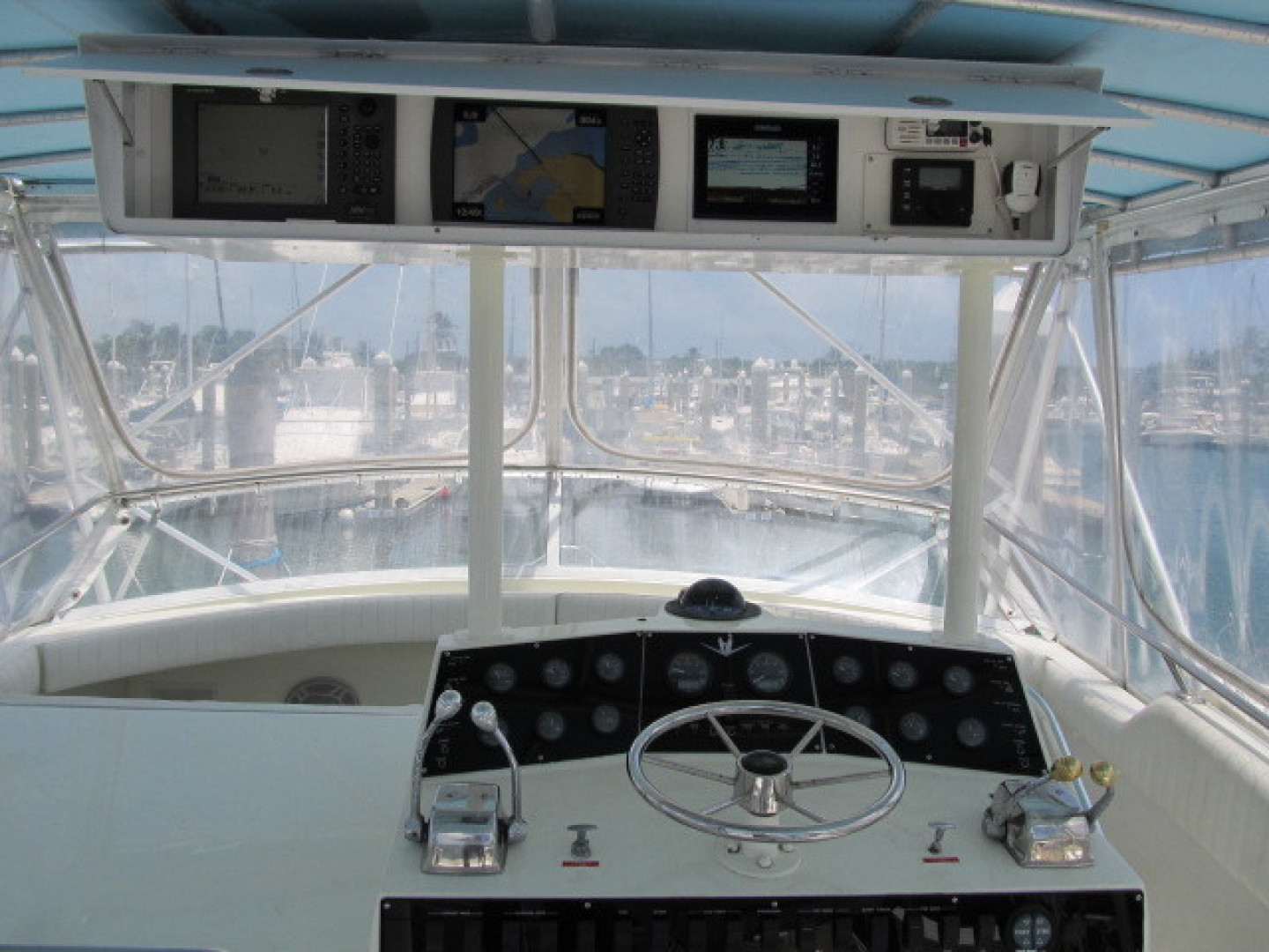 Bertram-Convertible 1983-MD on Board Miami-Florida-United States-30 Helm Station AAA-1480036   Thumbnail