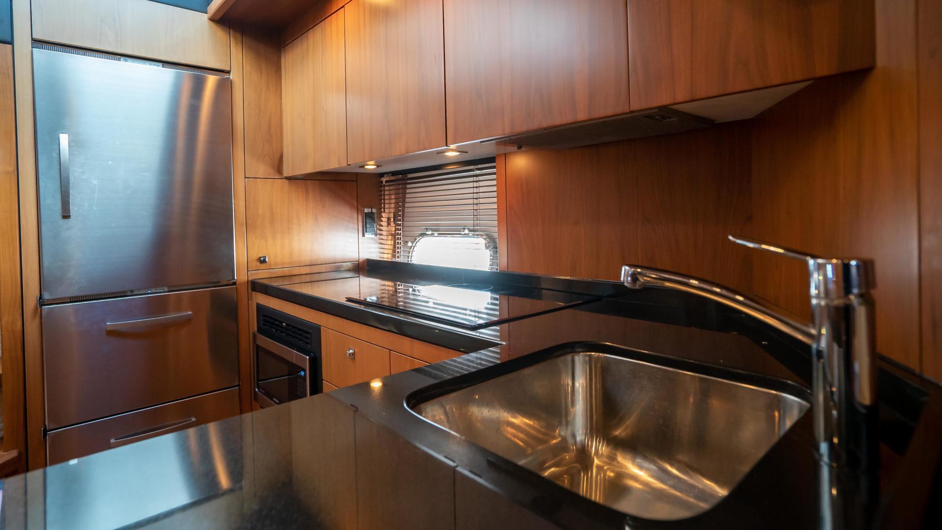 Sunseeker-Motor yacht 2012-JIMBO New Port-Rhode Island-United States-1480213   Thumbnail