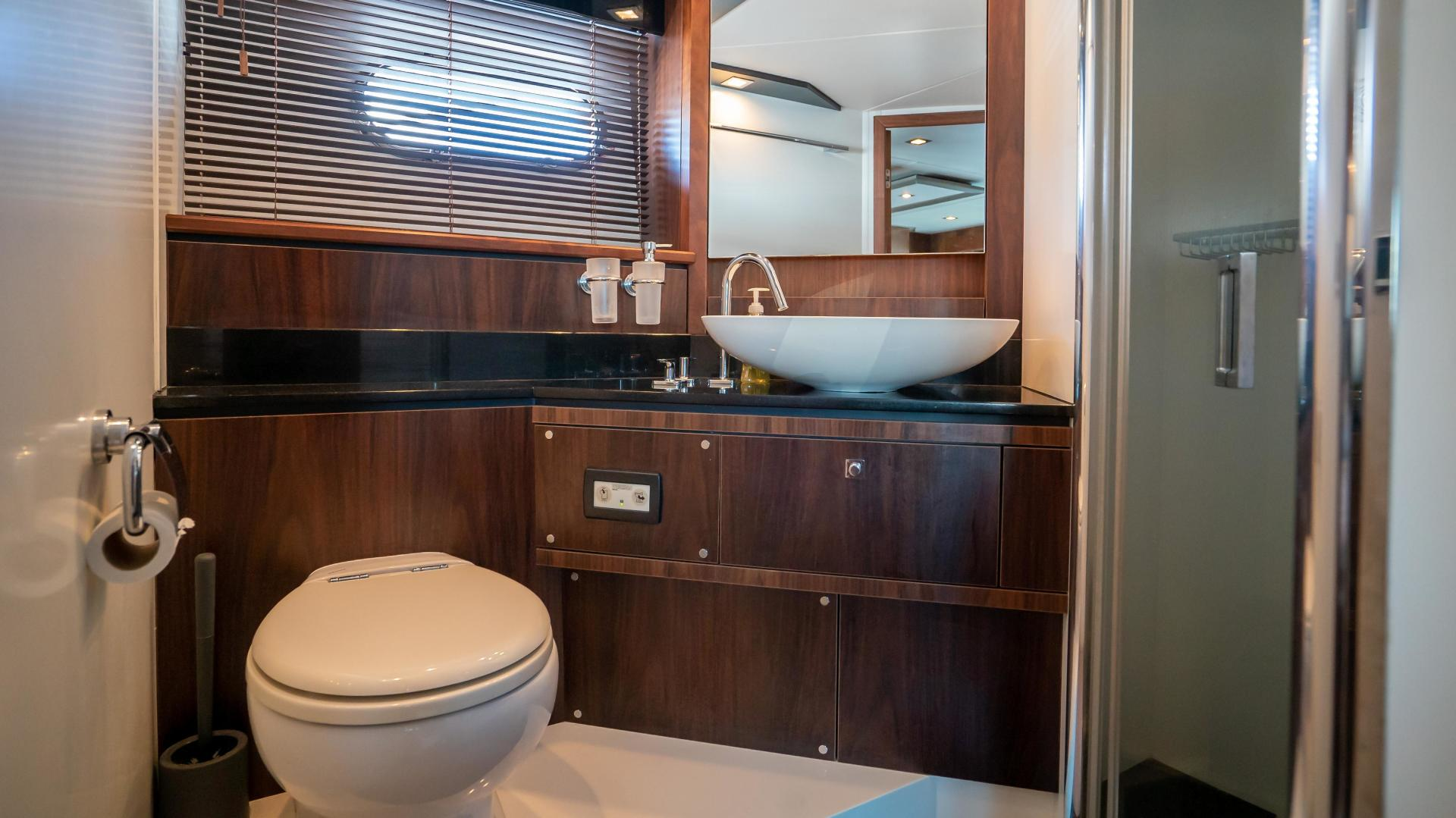 Sunseeker-Motor yacht 2012-JIMBO New Port-Rhode Island-United States-1480170 | Thumbnail