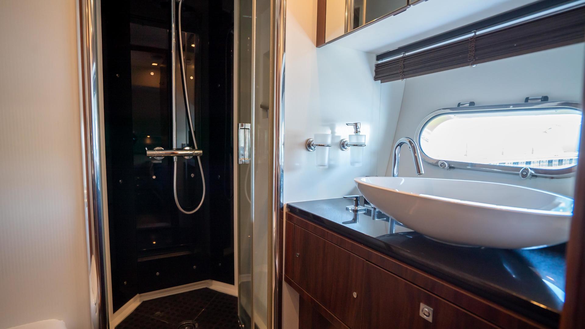 Sunseeker-Motor yacht 2012-JIMBO New Port-Rhode Island-United States-1480192 | Thumbnail