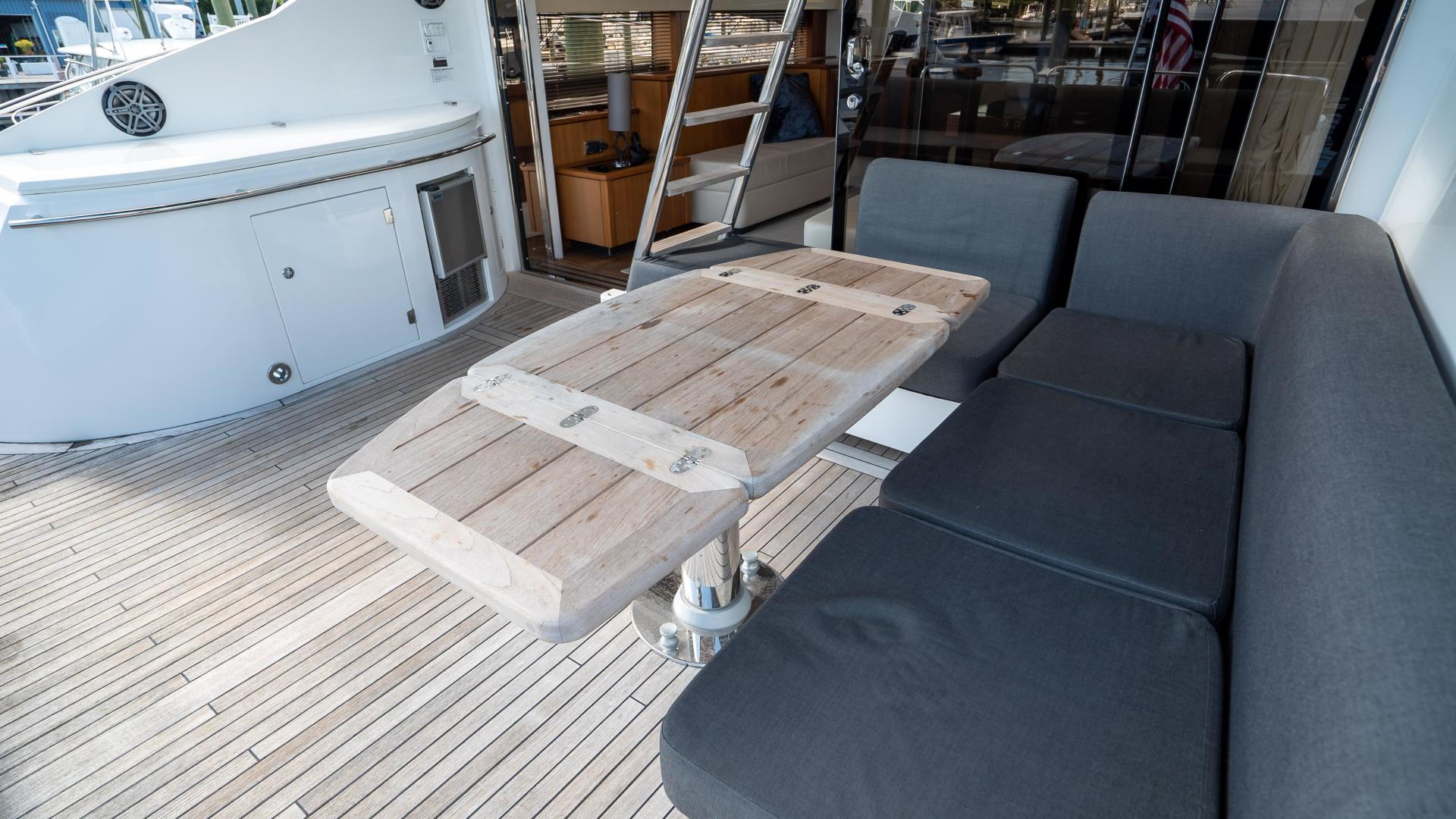 Sunseeker-Motor yacht 2012-JIMBO New Port-Rhode Island-United States-1480145 | Thumbnail
