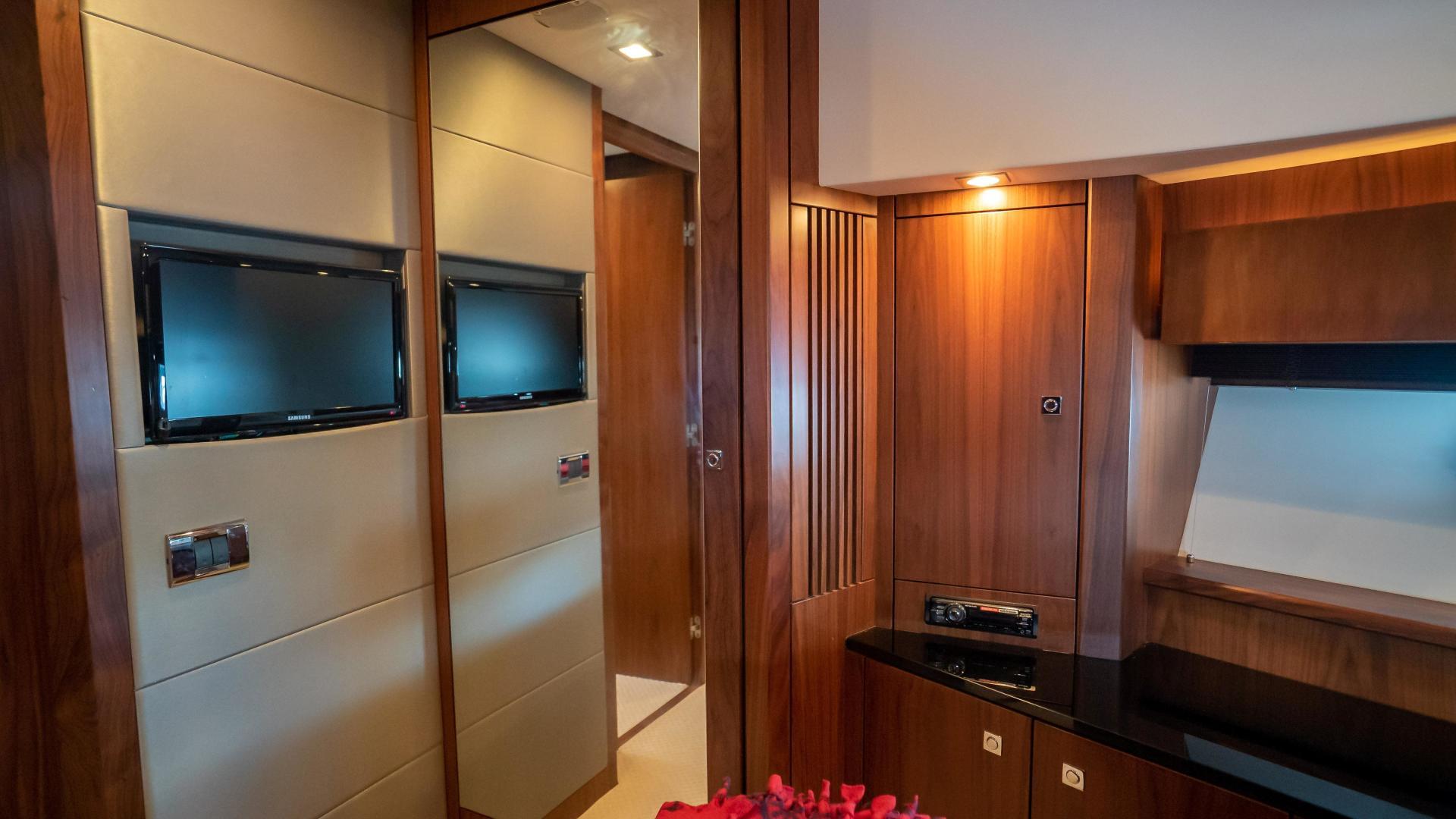 Sunseeker-Motor yacht 2012-JIMBO New Port-Rhode Island-United States-1480202 | Thumbnail