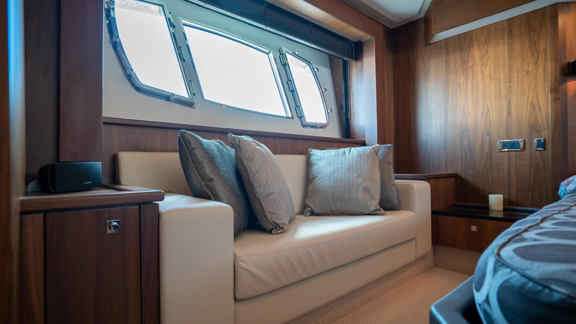 Sunseeker-Motor yacht 2012-JIMBO New Port-Rhode Island-United States-1480164 | Thumbnail