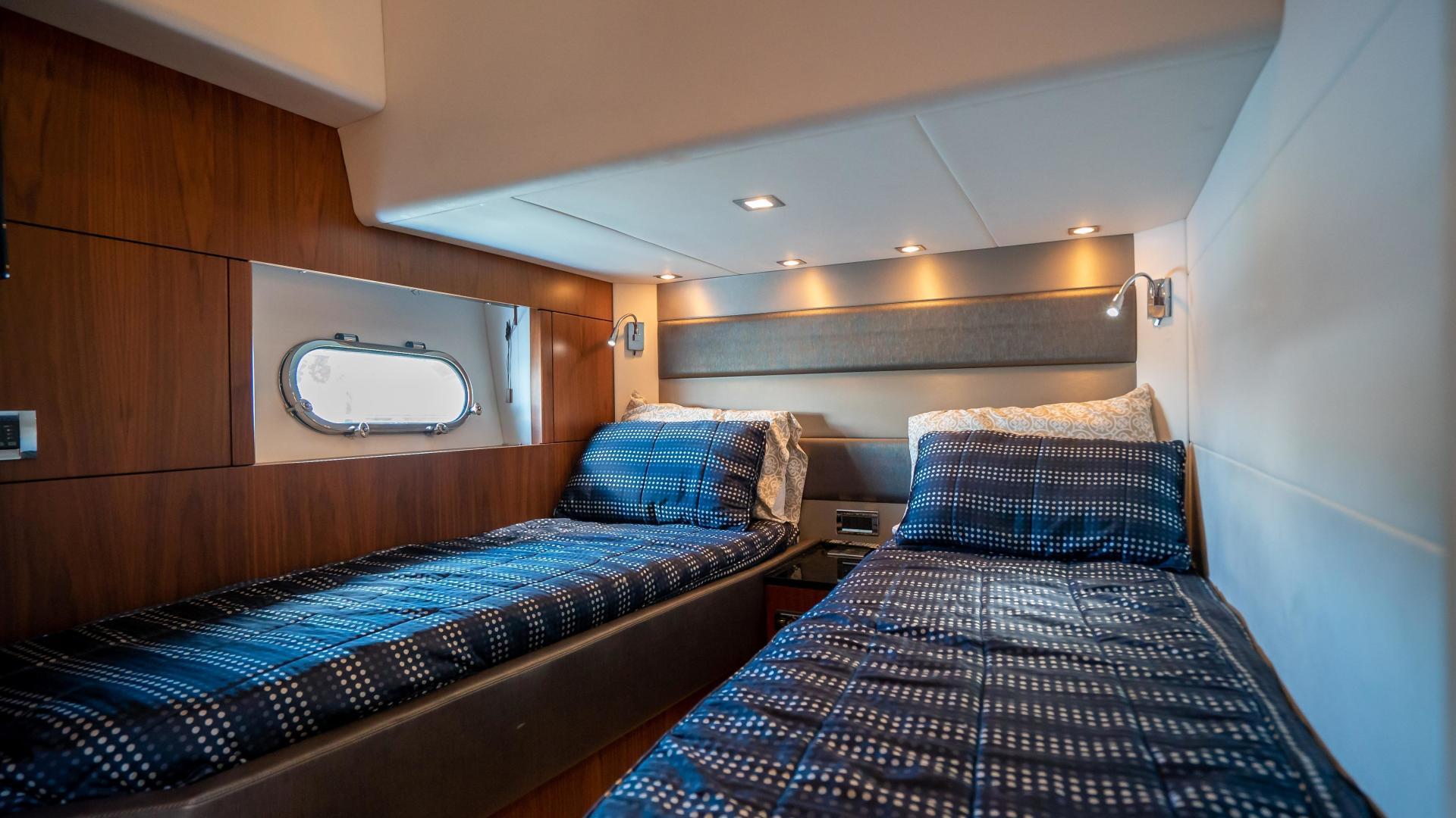 Sunseeker-Motor yacht 2012-JIMBO New Port-Rhode Island-United States-1480180 | Thumbnail