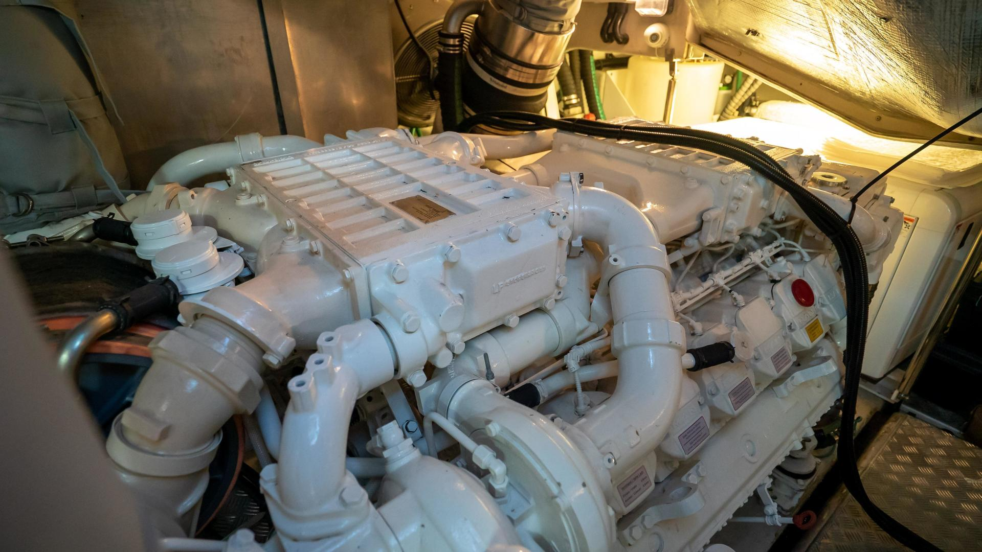 Sunseeker-Motor yacht 2012-JIMBO New Port-Rhode Island-United States-1480267 | Thumbnail