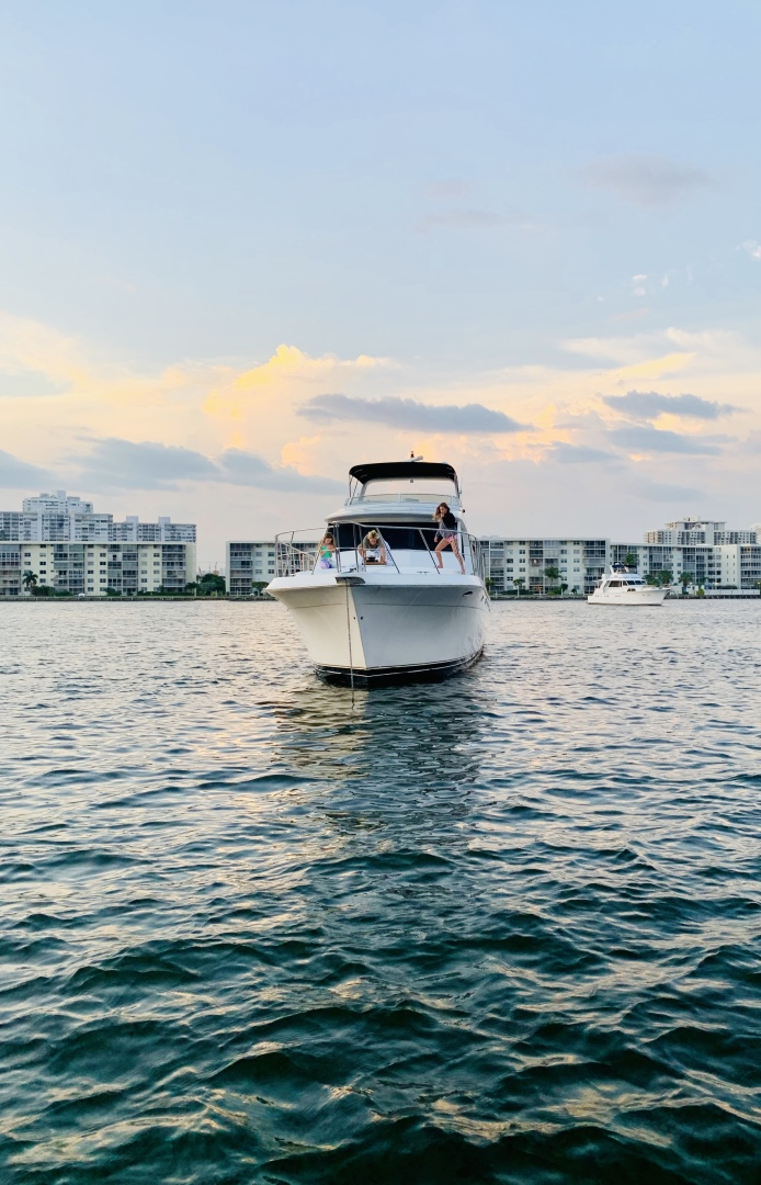 Navigator-5700 Rival 2003-The Motley Crew Miami-Florida-United States-1480985 | Thumbnail
