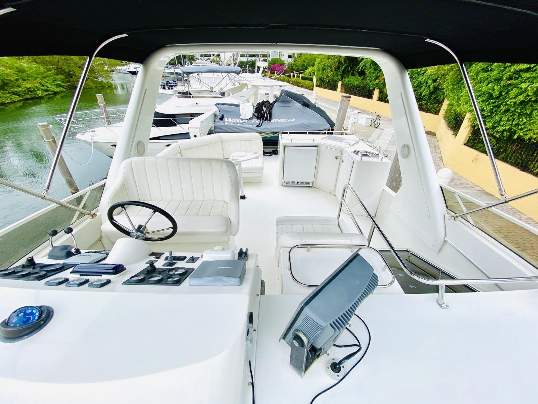 Navigator-5700 Rival 2003-The Motley Crew Miami-Florida-United States-1480936 | Thumbnail