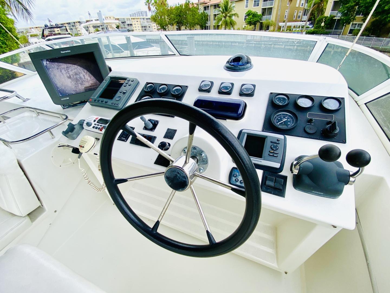 Navigator-5700 Rival 2003-The Motley Crew Miami-Florida-United States-1480973 | Thumbnail