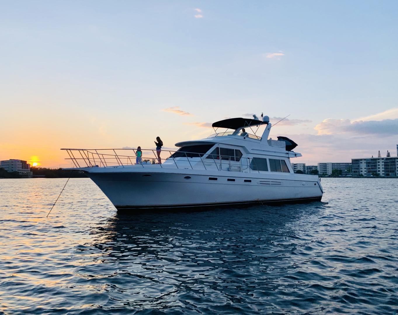 Navigator-5700 Rival 2003-The Motley Crew Miami-Florida-United States-1480982 | Thumbnail
