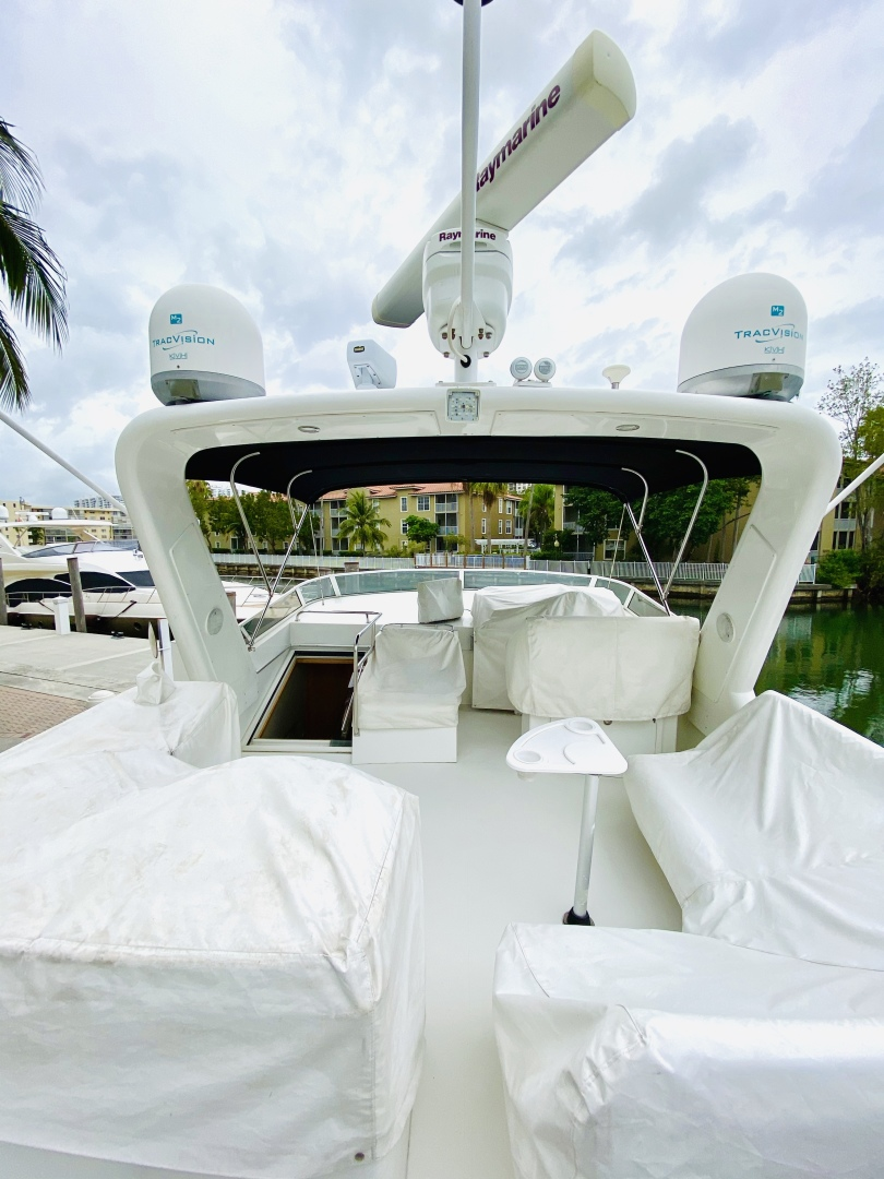 Navigator-5700 Rival 2003-The Motley Crew Miami-Florida-United States-1480917 | Thumbnail