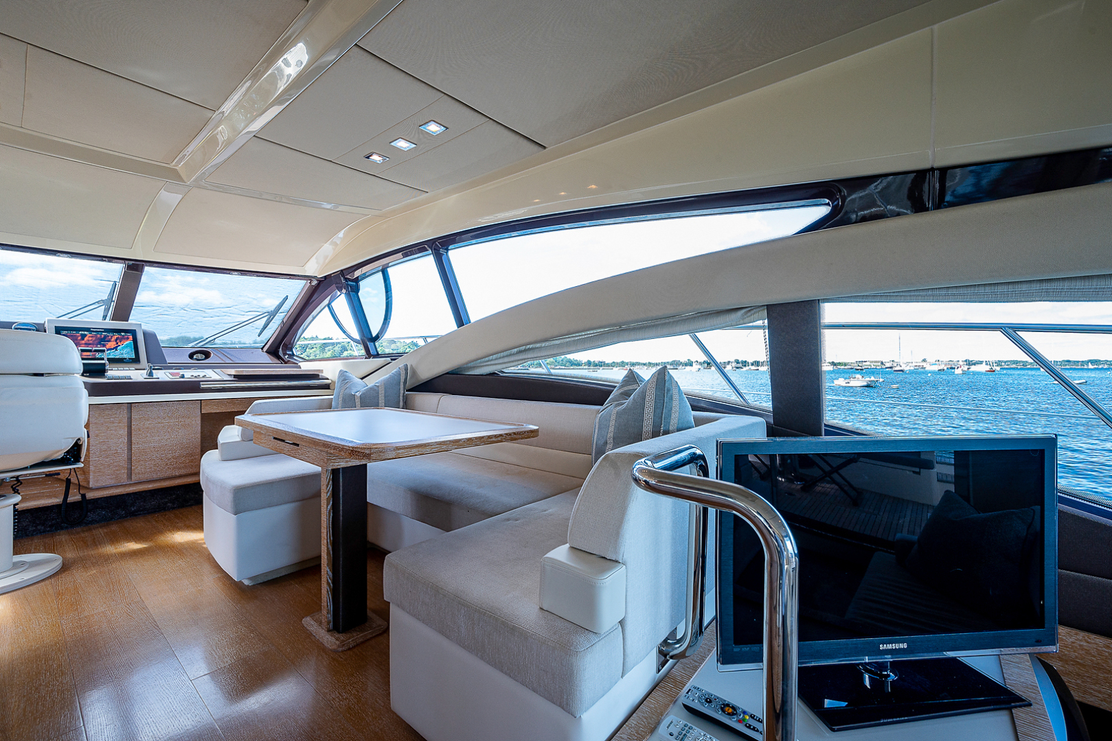 Azimut-58 Fly Motor Yacht 2011-Nova Fort Lauderdale-Florida-United States-58_azimut_nova__dinette10-1490491 | Thumbnail