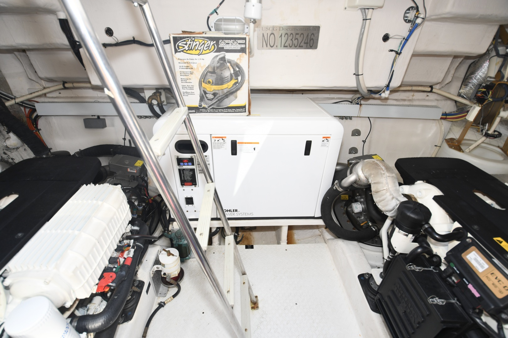 Cruisers-48 Cantius 2012-BELLE Tampa-Florida-United States-2012 48 Cruisers Yachts Cantius  BELLE  Engine Room-1482959 | Thumbnail