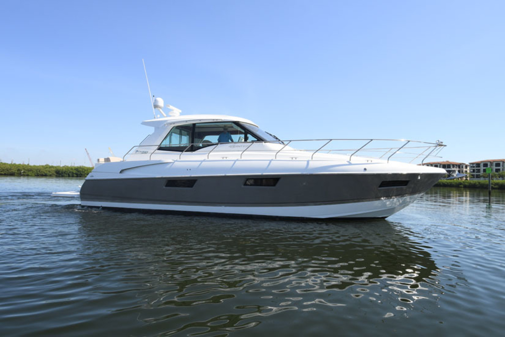 Cruisers-48 Cantius 2012-BELLE Tampa-Florida-United States-2012 48 Cruisers Yachts Cantius  BELLE  Profile-1482751 | Thumbnail