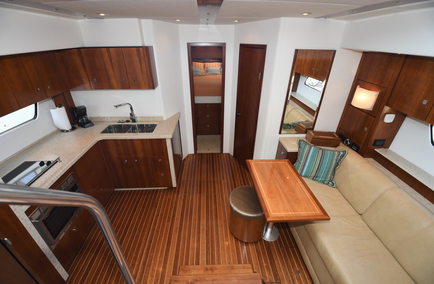 Cruisers-48 Cantius 2012-BELLE Tampa-Florida-United States-2012 48 Cruisers Yachts Cantius  BELLE  Galley-1482932 | Thumbnail