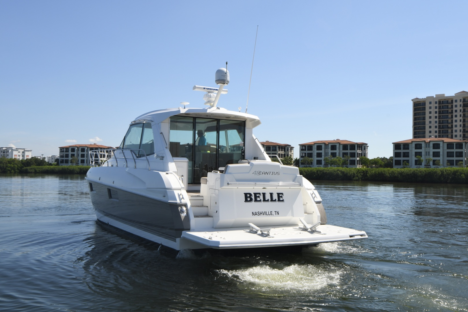Cruisers-48 Cantius 2012-BELLE Tampa-Florida-United States-2012 48 Cruisers Yachts Cantius  BELLE  Transom / Swim Platform-1483008 | Thumbnail