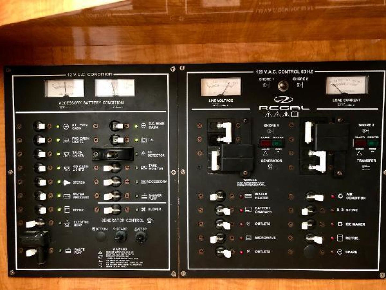 Regal-3260 Commodore 2003 -Florida-United States-1483469 | Thumbnail