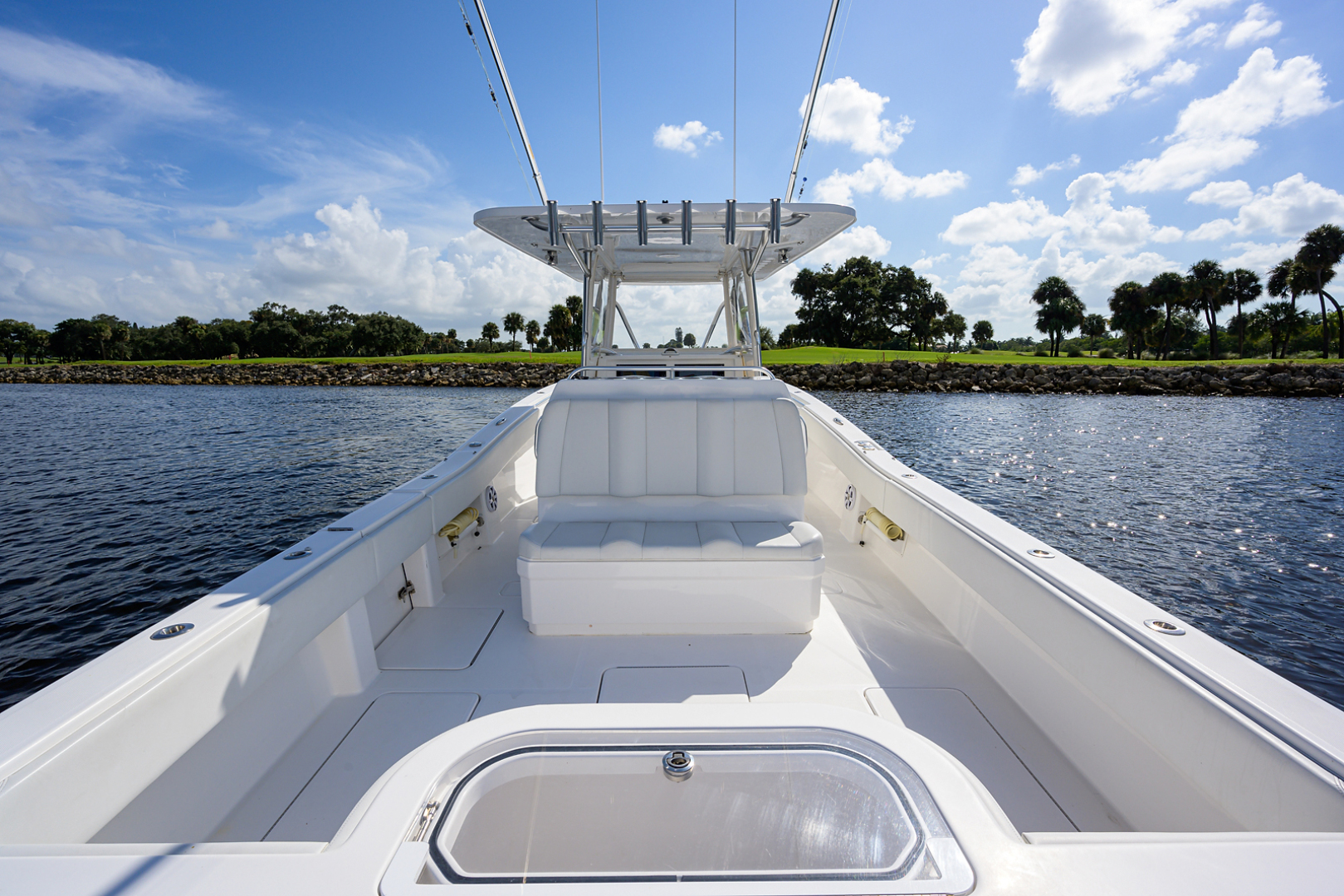 Invincible-Open Fisherman 2017-Y KNOT North Palm Beach-Florida-United States-Aft Deck-1510201 | Thumbnail