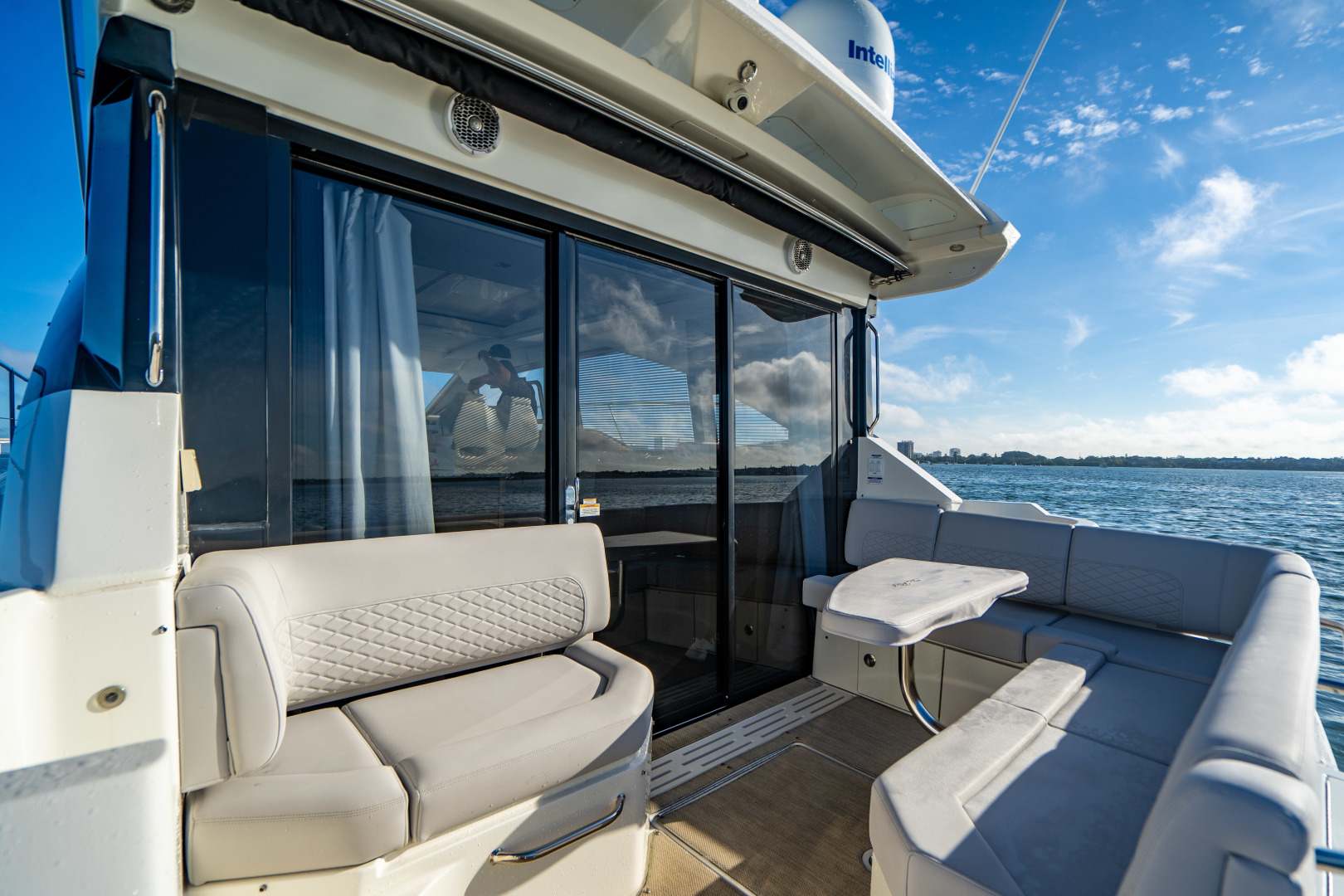 Sea Ray-460 DA 2017-Joie De Vivre Sarasota-Florida-United States-46 Sea Ray Sundancer-1486534 | Thumbnail