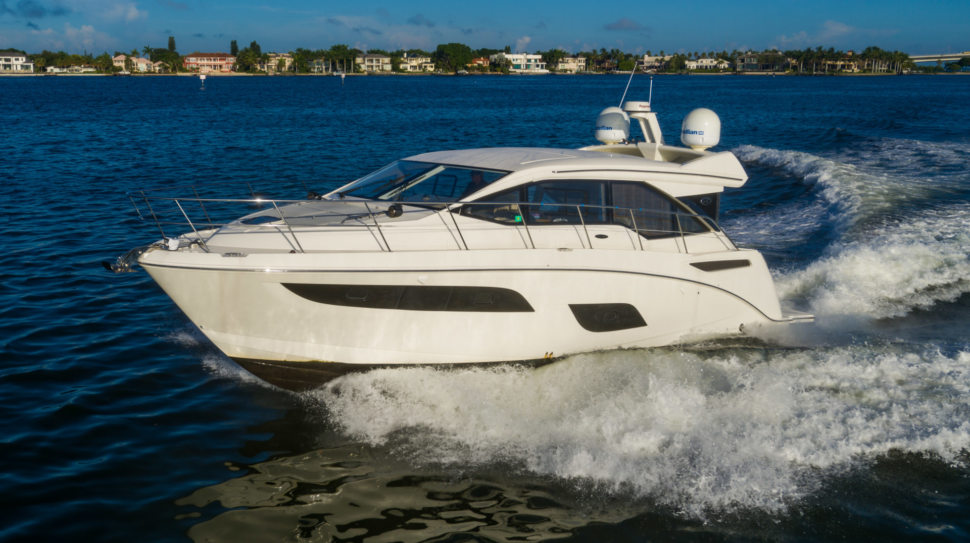 Sea Ray-460 DA 2017-Joie De Vivre Sarasota-Florida-United States-46 Sea Ray Sundancer Port Profile-1486479 | Thumbnail