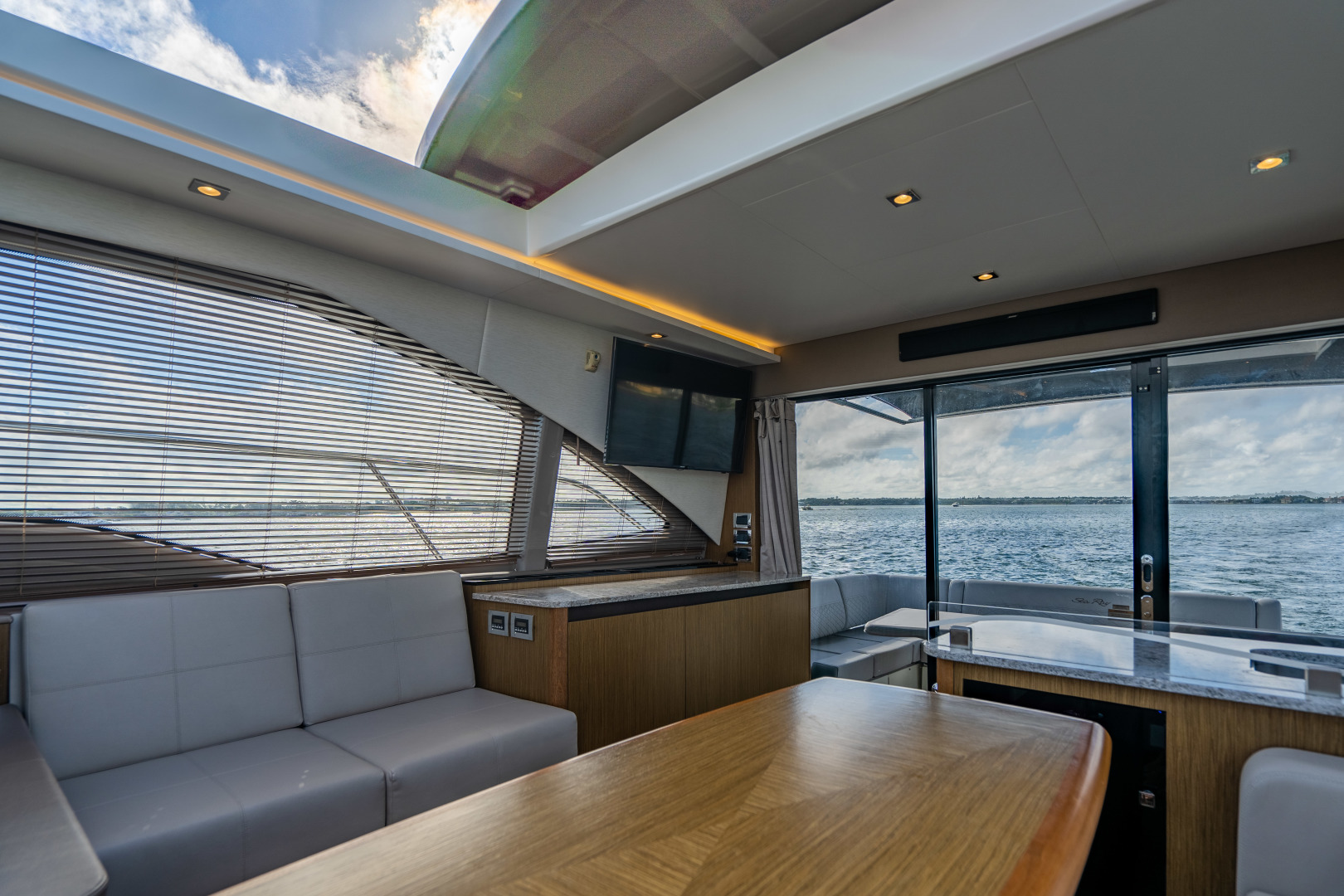 Sea Ray-460 DA 2017-Joie De Vivre Sarasota-Florida-United States-46 Sea Ray Sundancer-1486606 | Thumbnail
