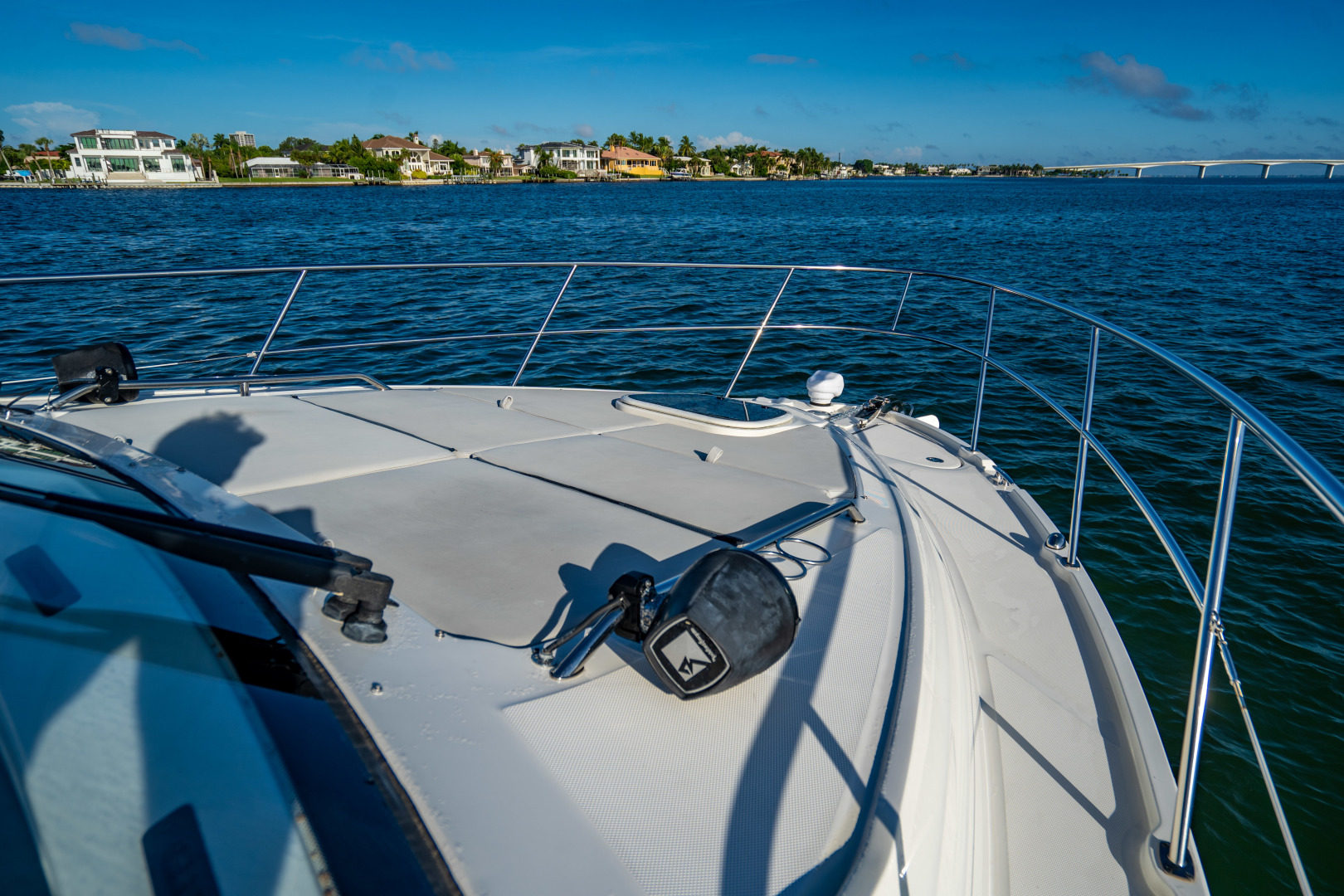 Sea Ray-460 DA 2017-Joie De Vivre Sarasota-Florida-United States-46 Sea Ray Sundancer Bow-1486545 | Thumbnail