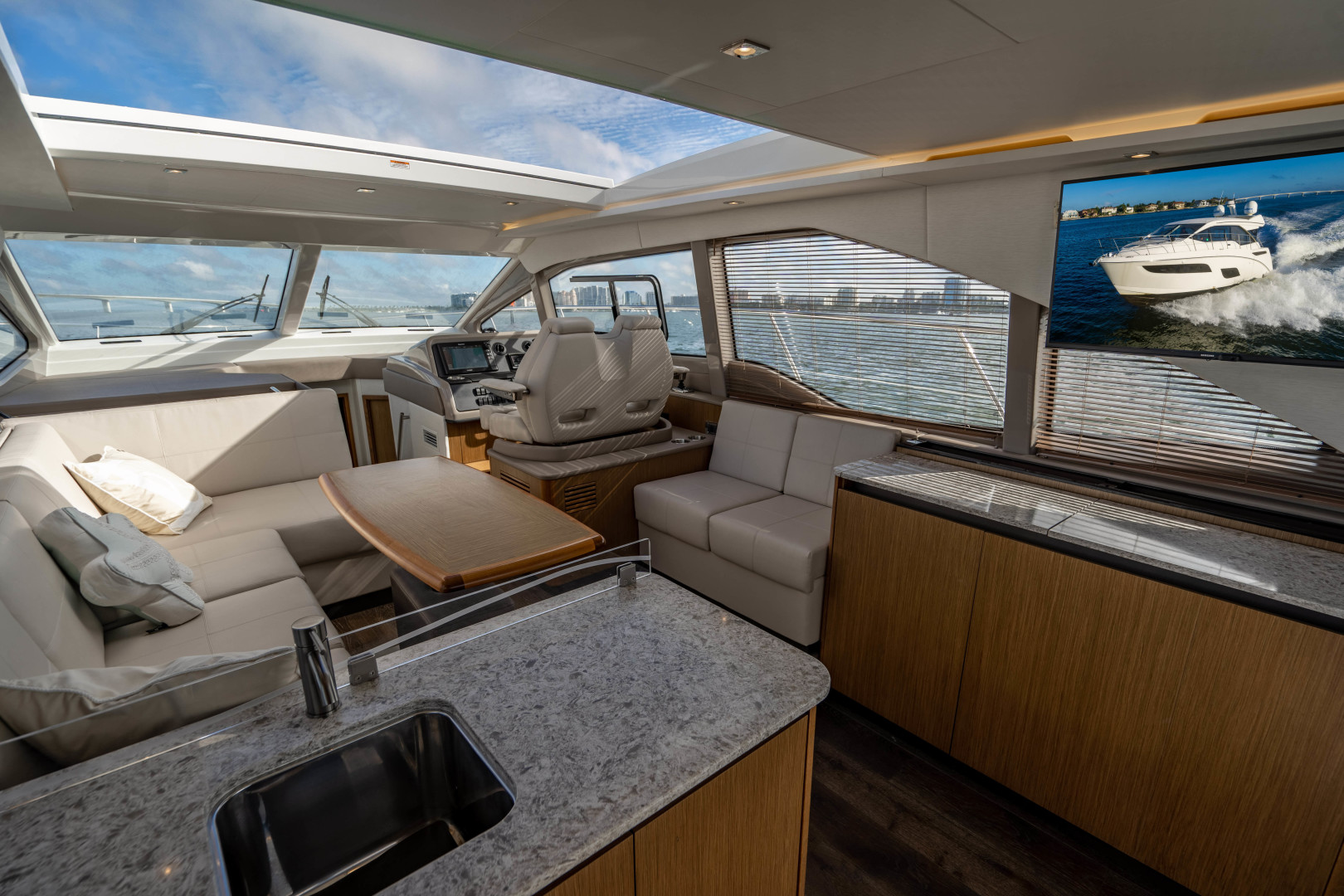 Sea Ray-460 DA 2017-Joie De Vivre Sarasota-Florida-United States-46 Sea Ray Sundancer-1486572 | Thumbnail