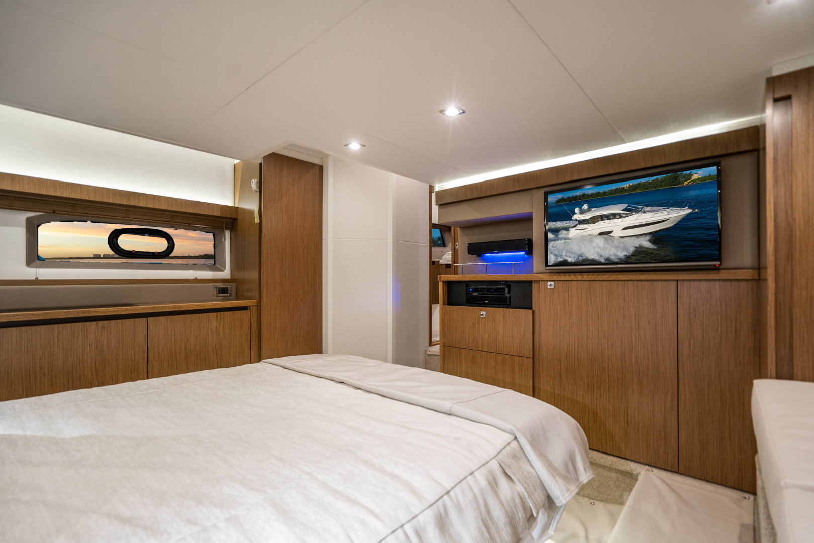Sea Ray-460 DA 2017-Joie De Vivre Sarasota-Florida-United States-46 Sea Ray Sundancer-1486525 | Thumbnail
