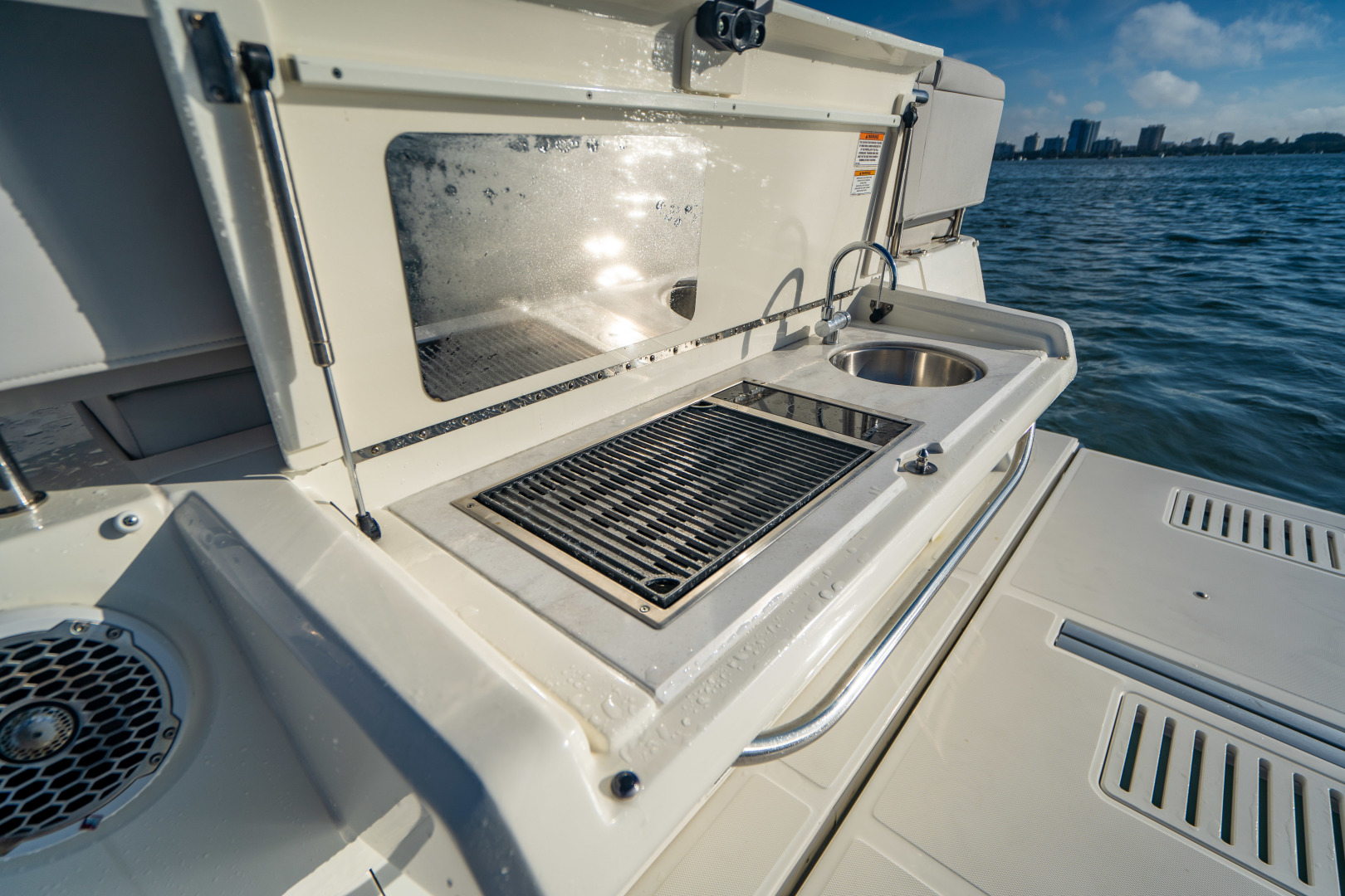 Sea Ray-460 DA 2017-Joie De Vivre Sarasota-Florida-United States-46 Sea Ray Sundancer-1486531 | Thumbnail