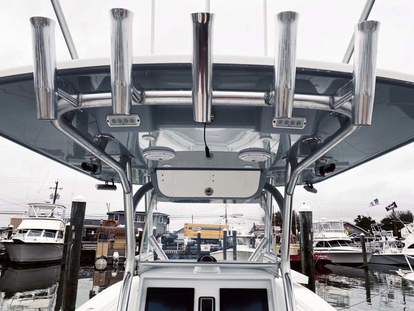 Yellowfin-32 Center Console 2017-Obsession Cape May-New Jersey-United States-T-Top With Rod Holders-1484665 | Thumbnail