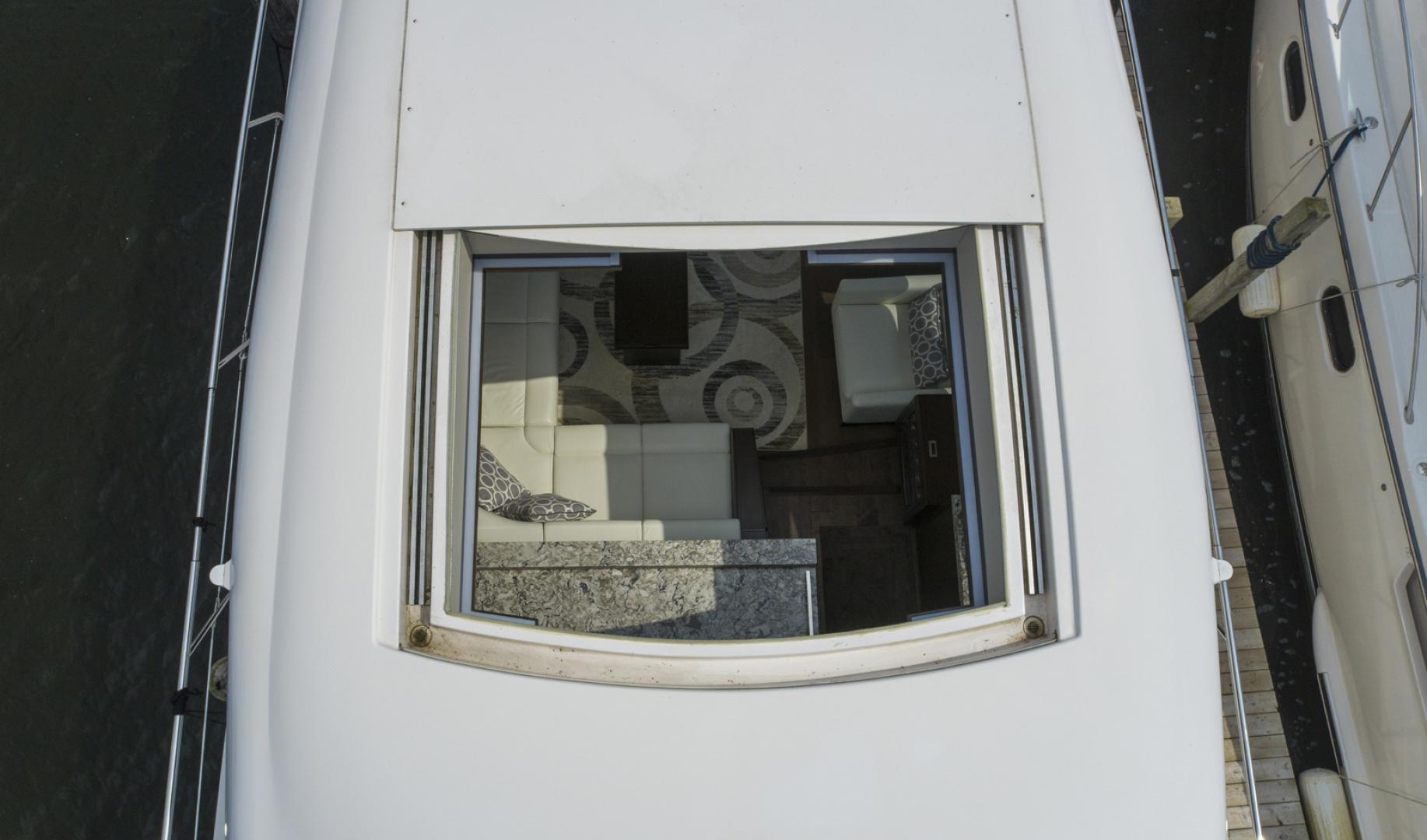 Neptunus-Motor Yacht Express 2018-LIQUID WISDOM Grand Haven-Michigan-United States-Sunroof-1485005 | Thumbnail