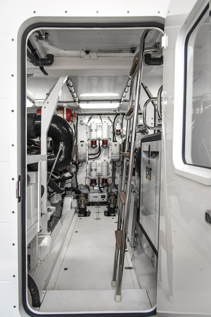 Neptunus-Motor Yacht Express 2018-LIQUID WISDOM Grand Haven-Michigan-United States-Engine room door-1485020 | Thumbnail