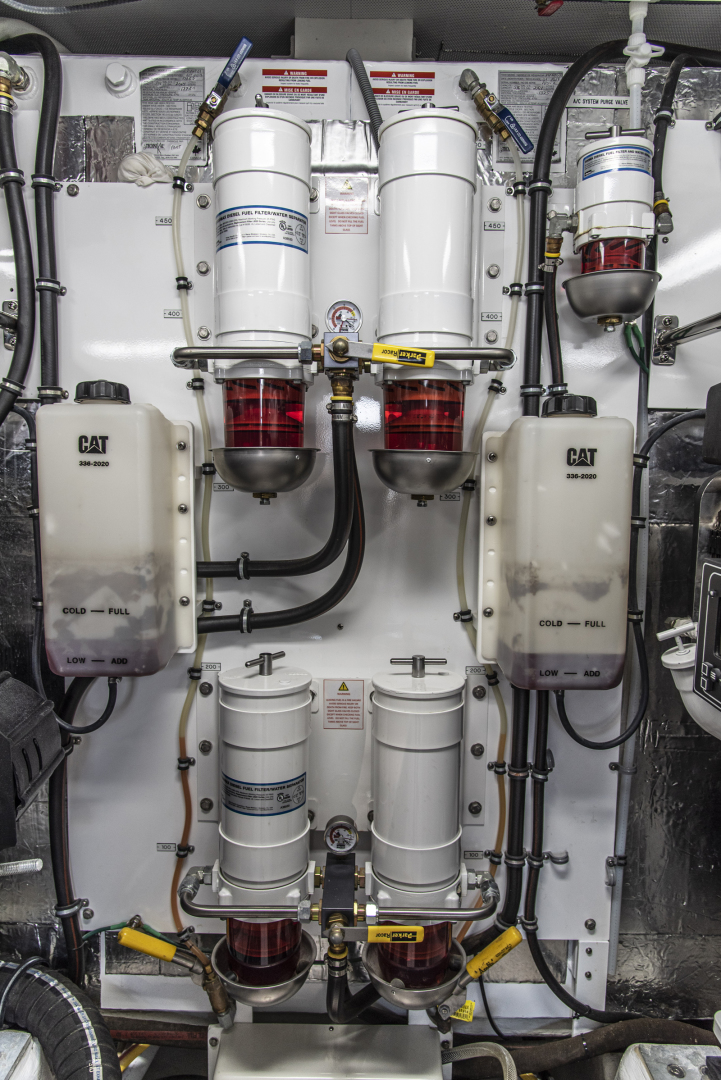 Neptunus-Motor Yacht Express 2018-LIQUID WISDOM Grand Haven-Michigan-United States-Fuel system-1485025 | Thumbnail