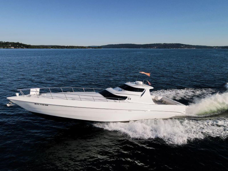 Phantom-Express Cruiser 2010-SECOND CITY Seattle-Washington-United States-Port-1485995   Thumbnail