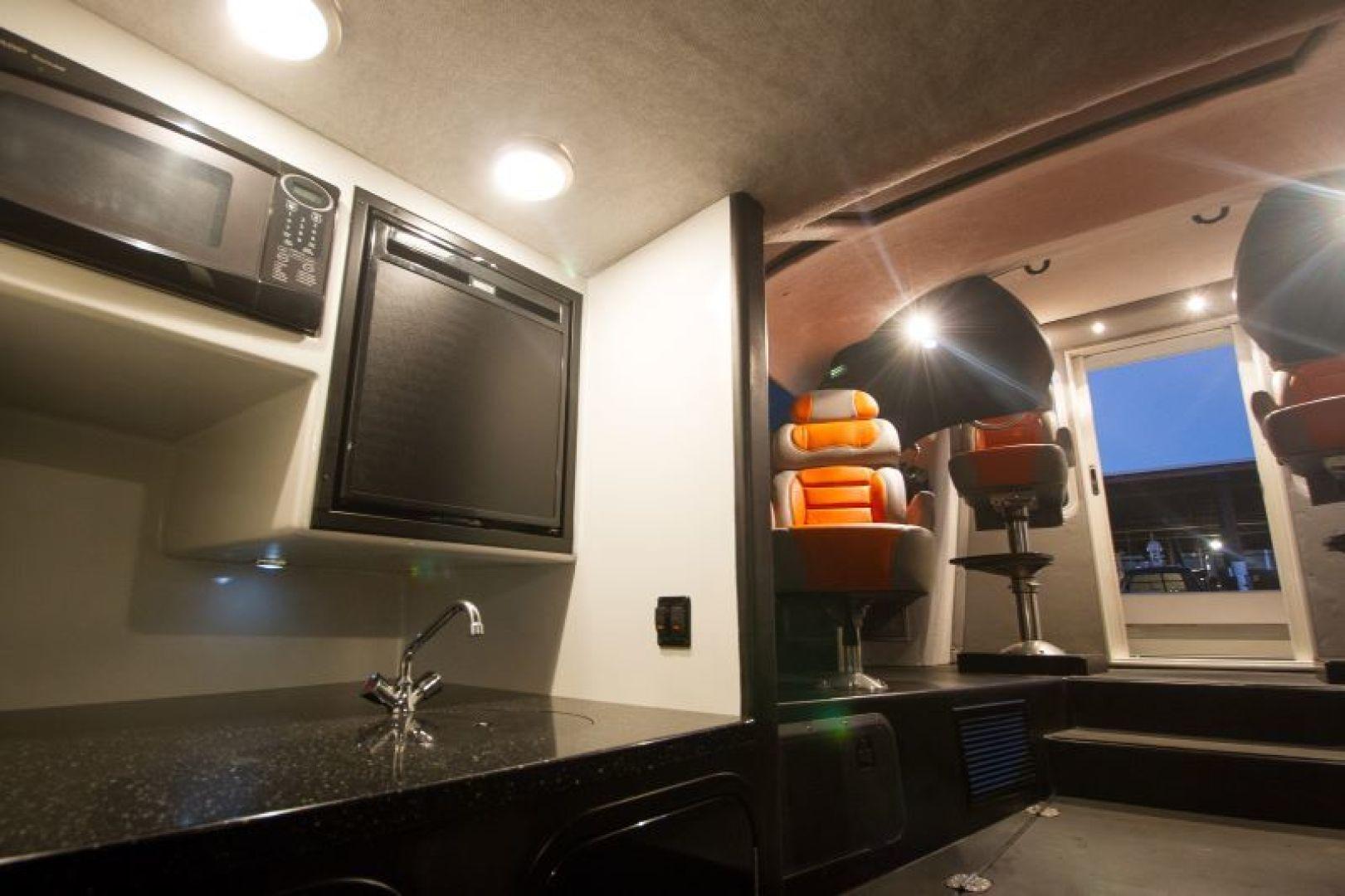 Phantom-Express Cruiser 2010-SECOND CITY Seattle-Washington-United States-Galley-1510991   Thumbnail