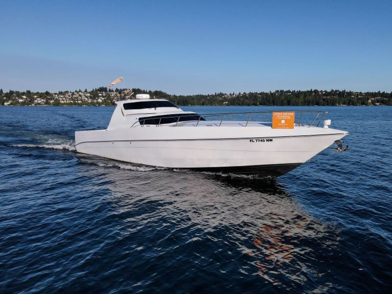 Phantom-Express Cruiser 2010-SECOND CITY Seattle-Washington-United States-Starboard Bow-1485994   Thumbnail