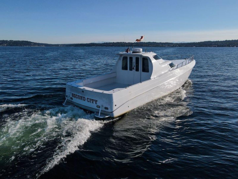 Phantom-Express Cruiser 2010-SECOND CITY Seattle-Washington-United States-Stern-1486000   Thumbnail