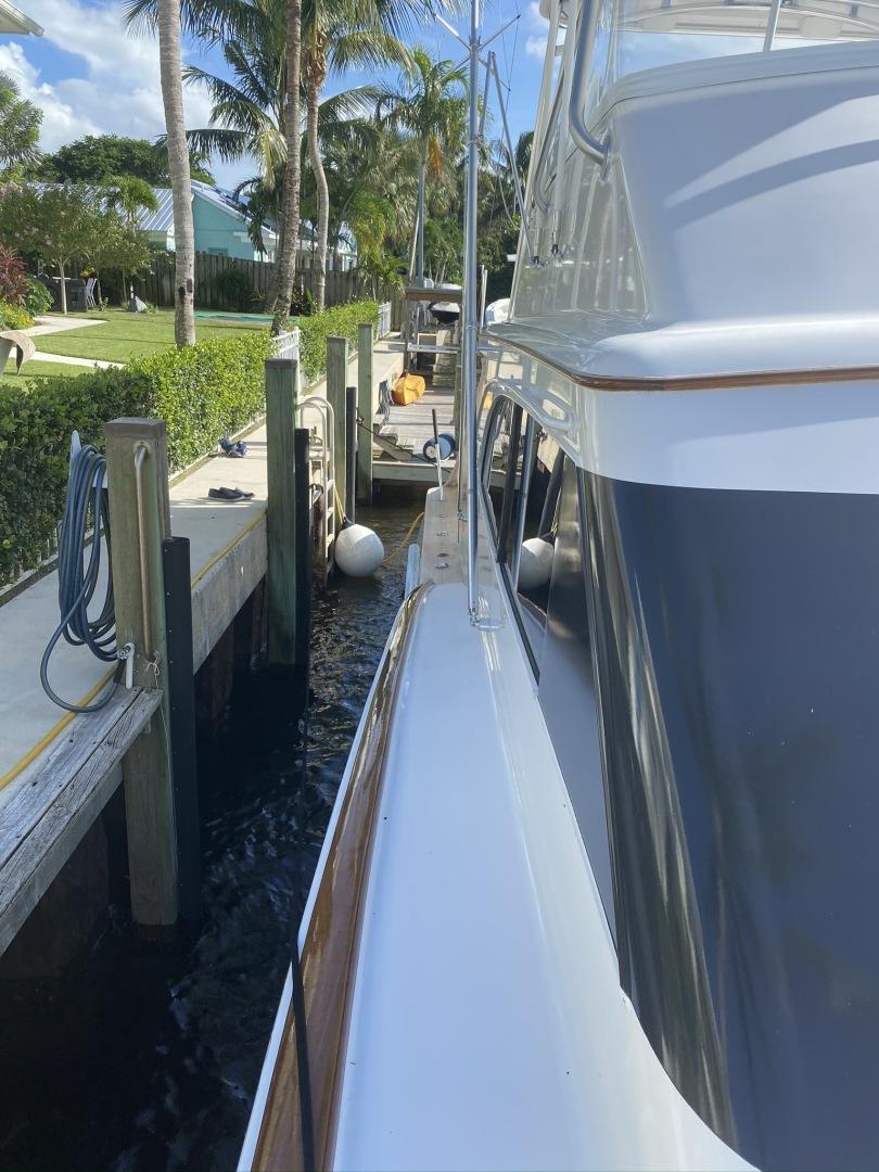 Jarrett Bay-Jarrett Bay 2006-Ahhjustment Stuart-Florida-United States-1494743 | Thumbnail