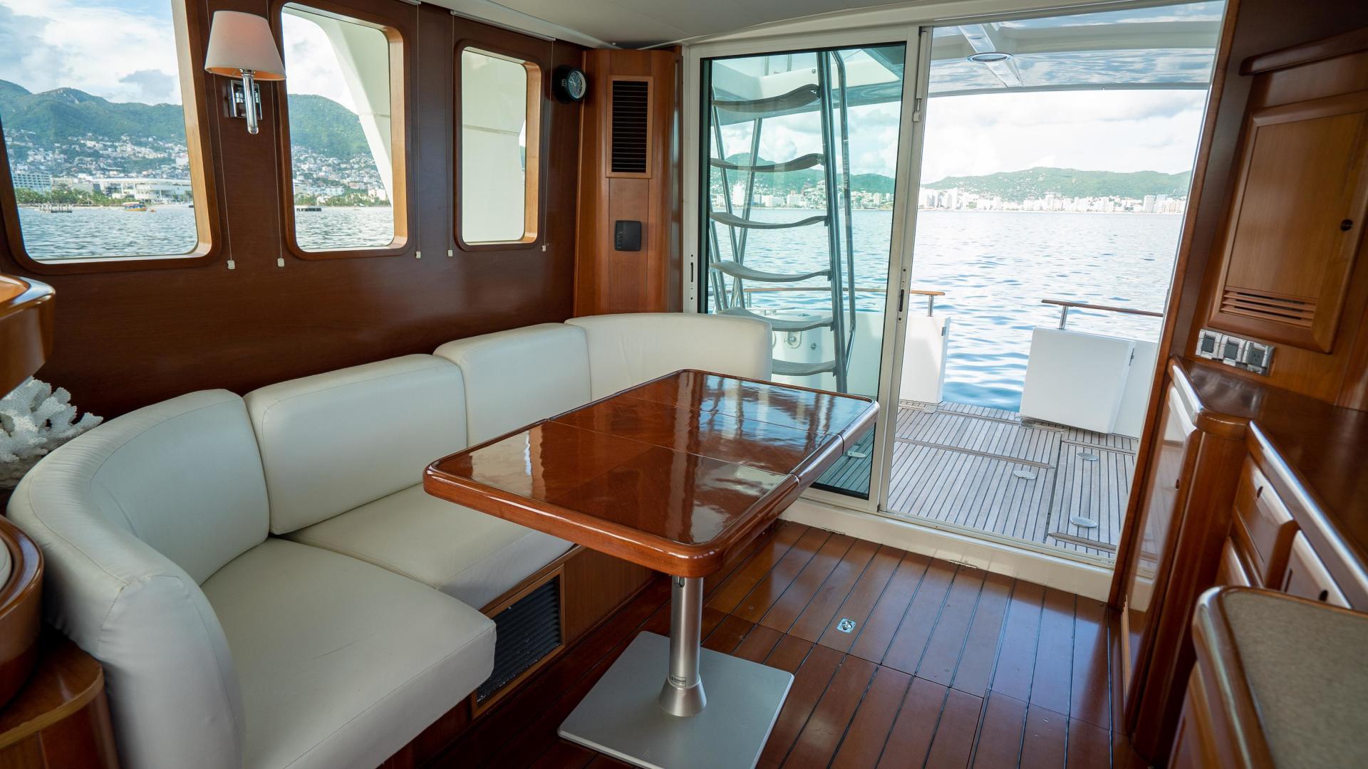 Beneteau-Swift Trawler 2008-Amadeus Acapulco-Mexico-1487061 | Thumbnail