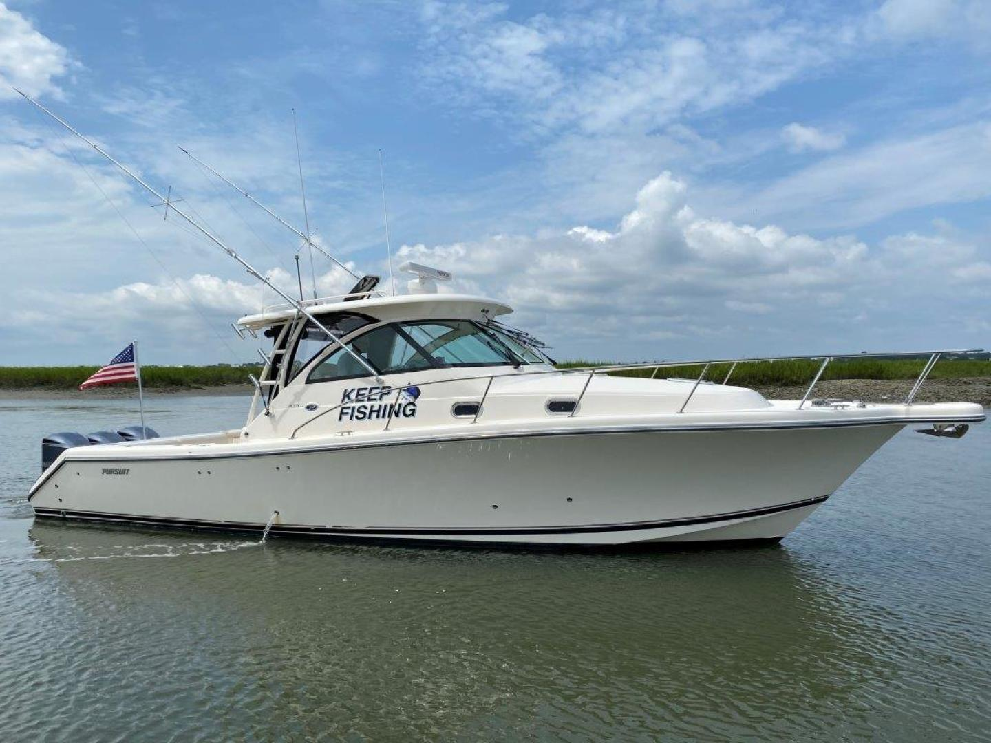37' Pursuit 2011 OS 375 Offshore KEEP FISHING