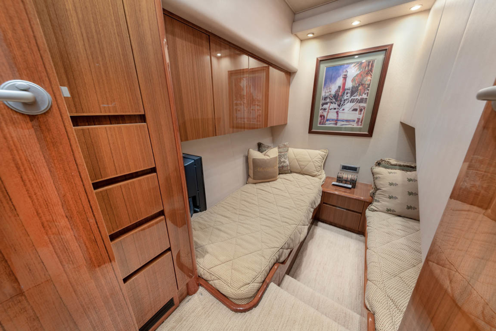 Viking-Convertible 2009-MOLLIE K Key Largo-Florida-United States-Starboard Stateroom  Side By Side Single Bunks-1487402 | Thumbnail