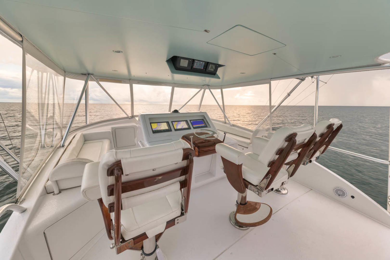 Viking-Convertible 2009-MOLLIE K Key Largo-Florida-United States-Flybridge-1487417 | Thumbnail