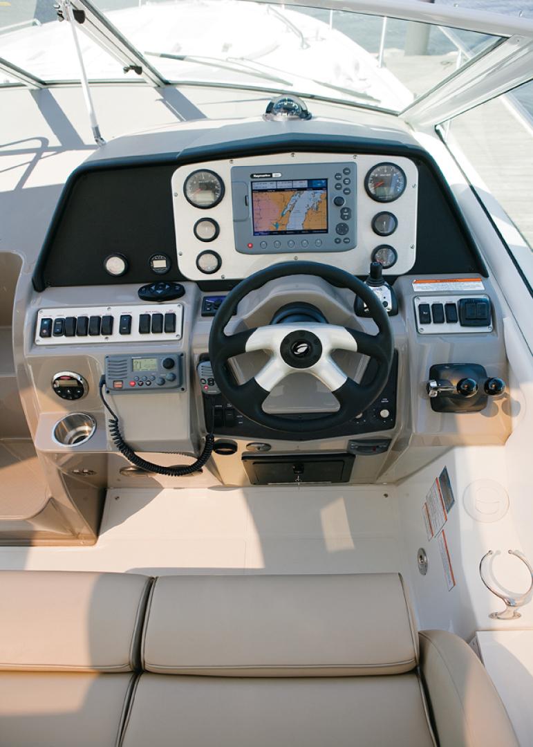Cruisers Yachts-Express 360 2011-Insomnia Toronto-Canada-1488005 | Thumbnail